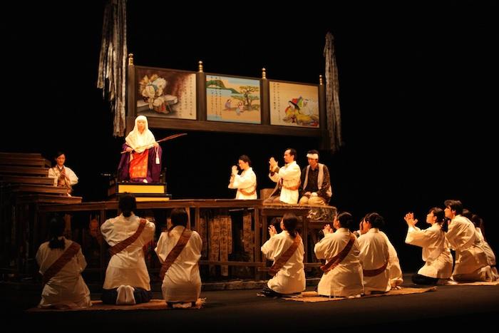 兵庫県立ピッコロ劇団『かさぶた式部考』