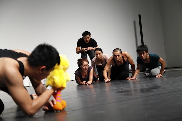 ピチェ・クランチェン ダンスカンパニー『Tam Kai』 撮影:山城大督