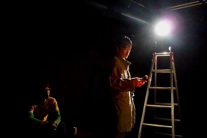 缶の階 舞台編『ヒーローに見えない男/缶コーヒーを持つ男』  作=久野那美  2014年12月、船場サザンシアター/ウイングフィールド