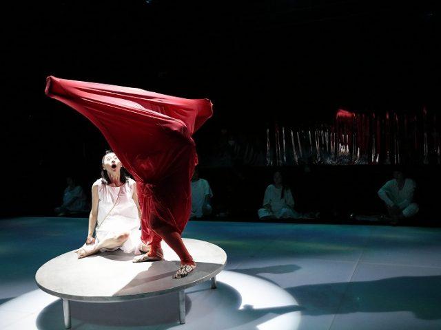 『赤鬼』(東京芸術劇場) 第6回座談会演劇時評3(2020年7・8月上演分)
